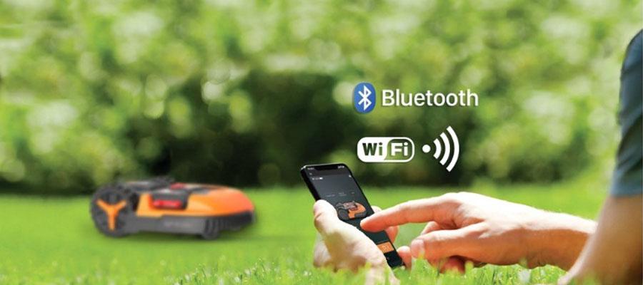 Новинки роботы газонокосилки, теперь подключаются и к Wi-Fi и к Bluetooth